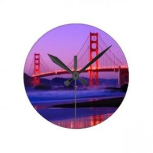 golden_gate_bridge_on_baker_beach_at_sundown_wallclock-r229113114c144cc38176cc20fbacd628_fup1s_8byvr_324